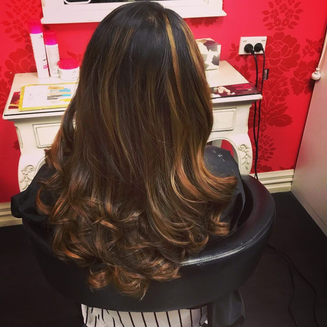 Sexy long wavy curls styled by stylist Kumar at V for Hair and Beauty Merivale