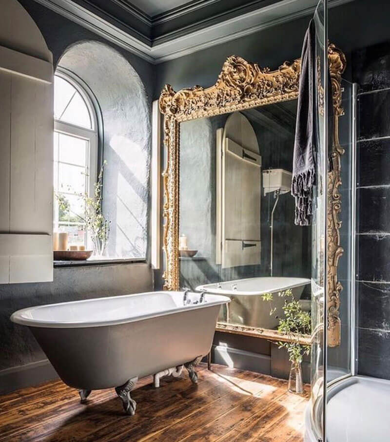Classy and classic - gorgeous mirror
