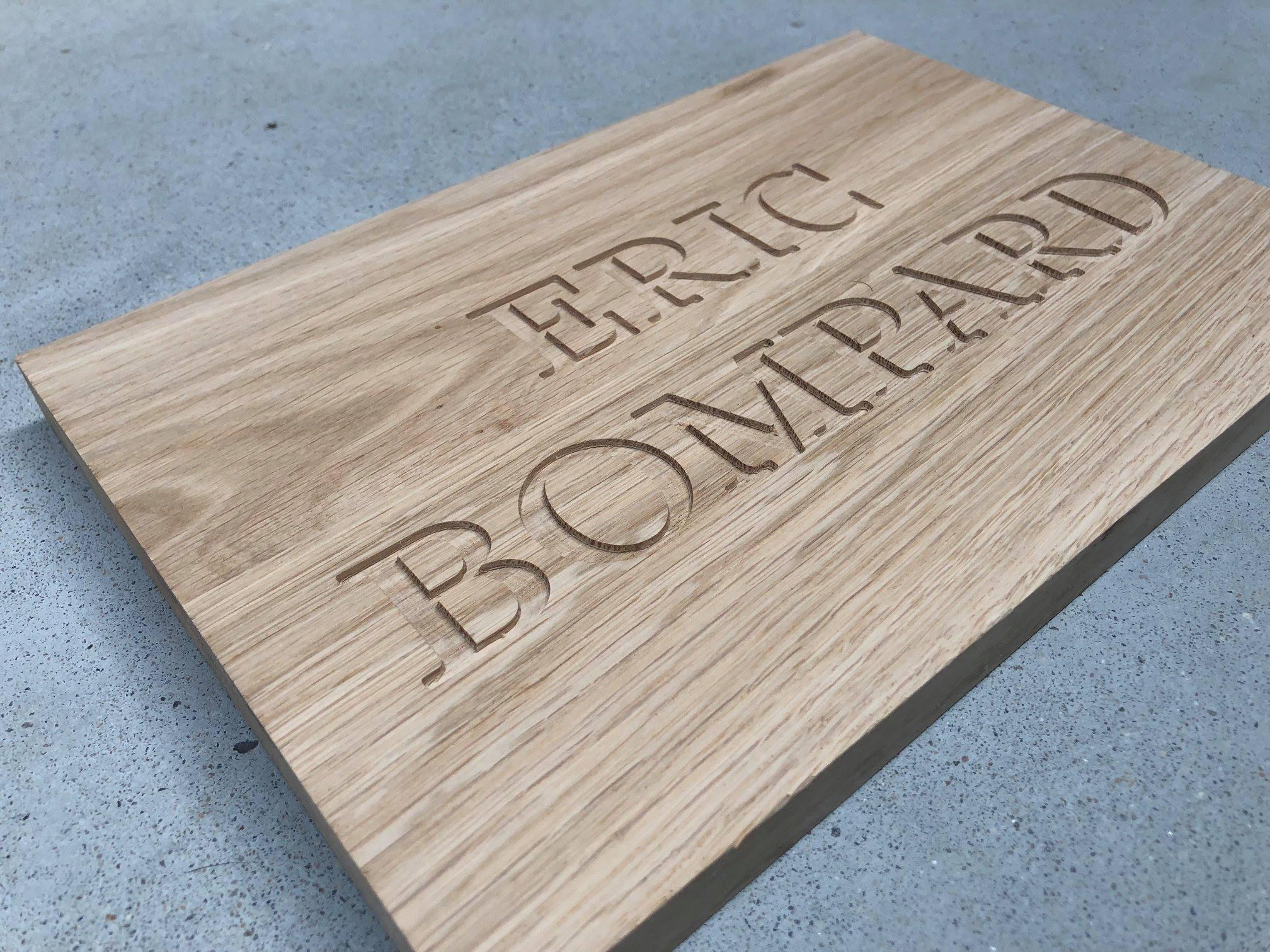 plaques pour les boutique Eric Bompard Studio Trigone