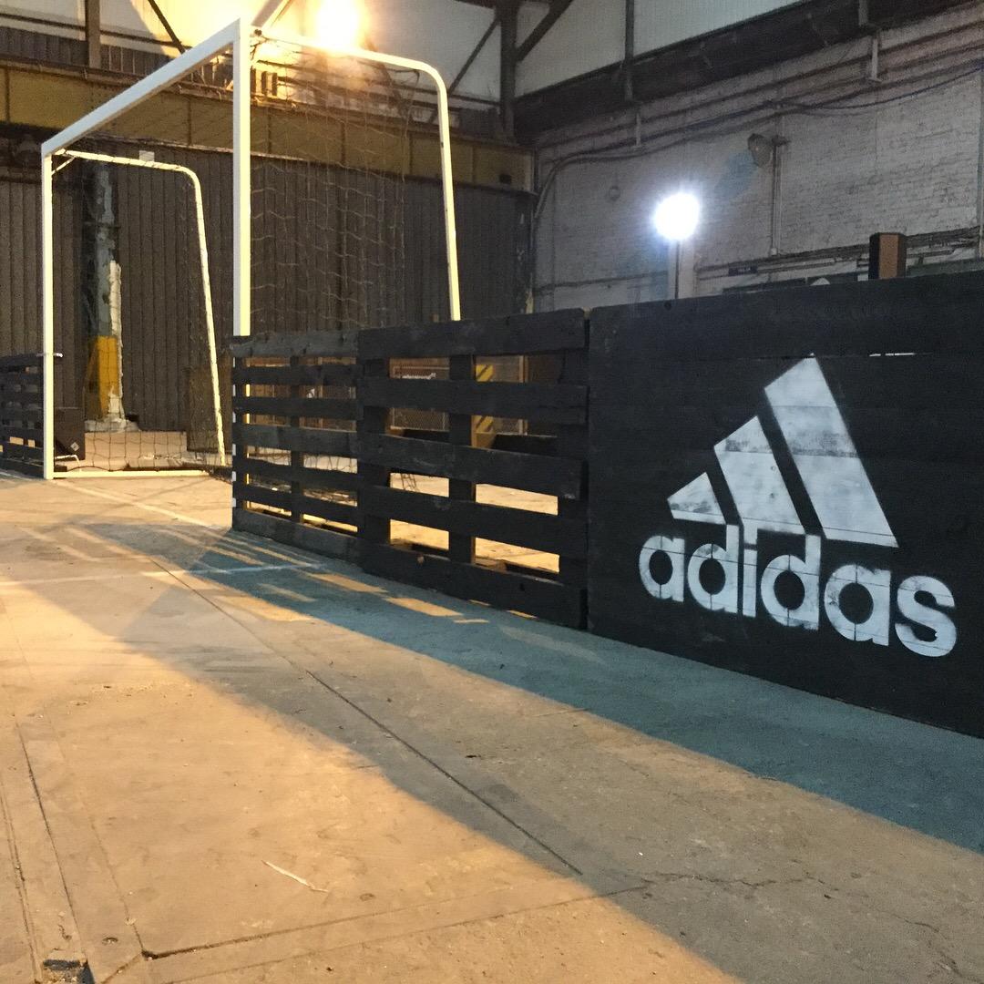 Adidas UFC Foot en salle Studio Trigone