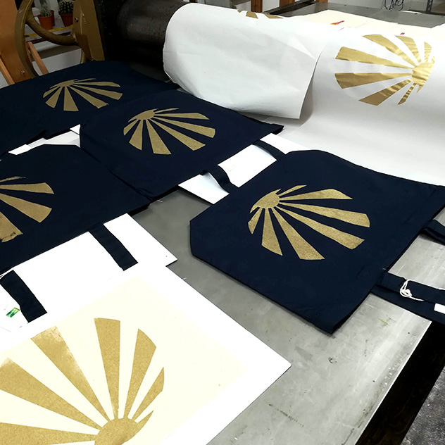 Introduction to Screen-printing on Textiles