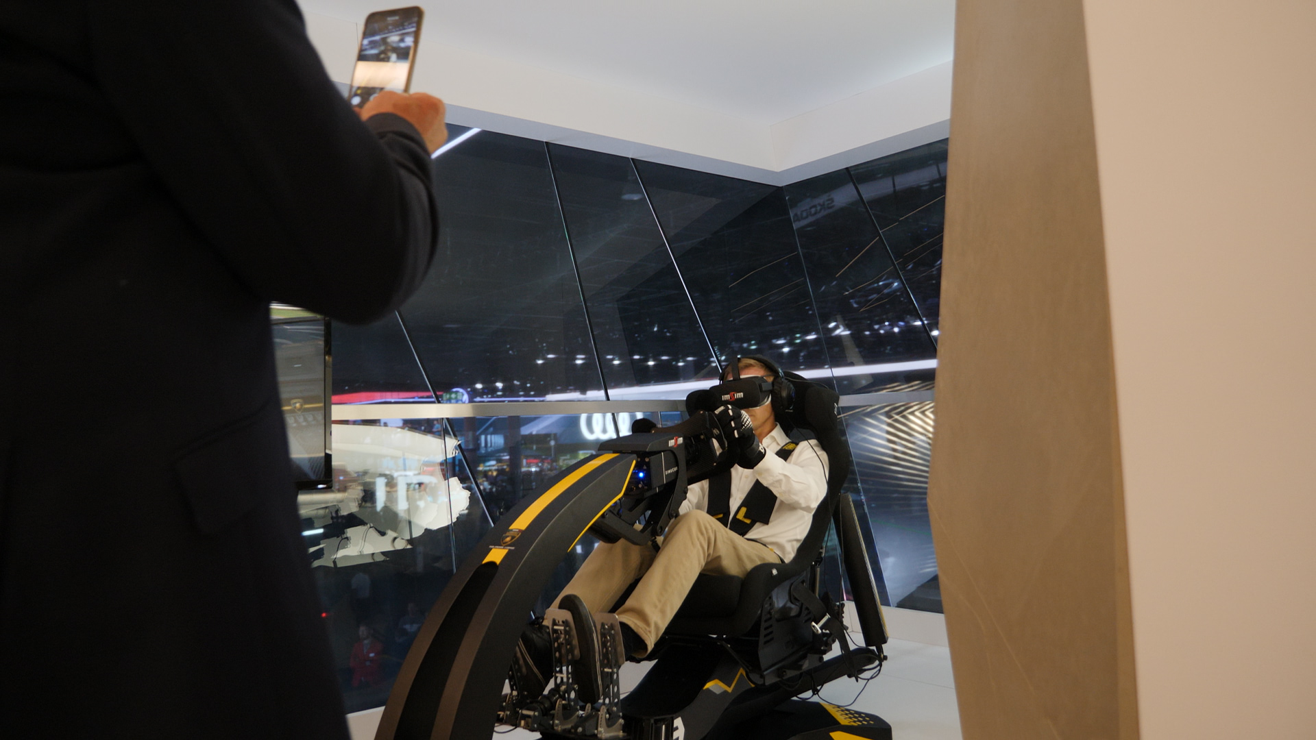 ImSim motion simulator Super Trofeo on a Automobili Lamborghini vip lounge