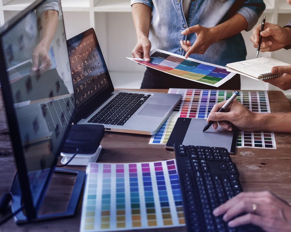Creative agency Miami offering graphic design services