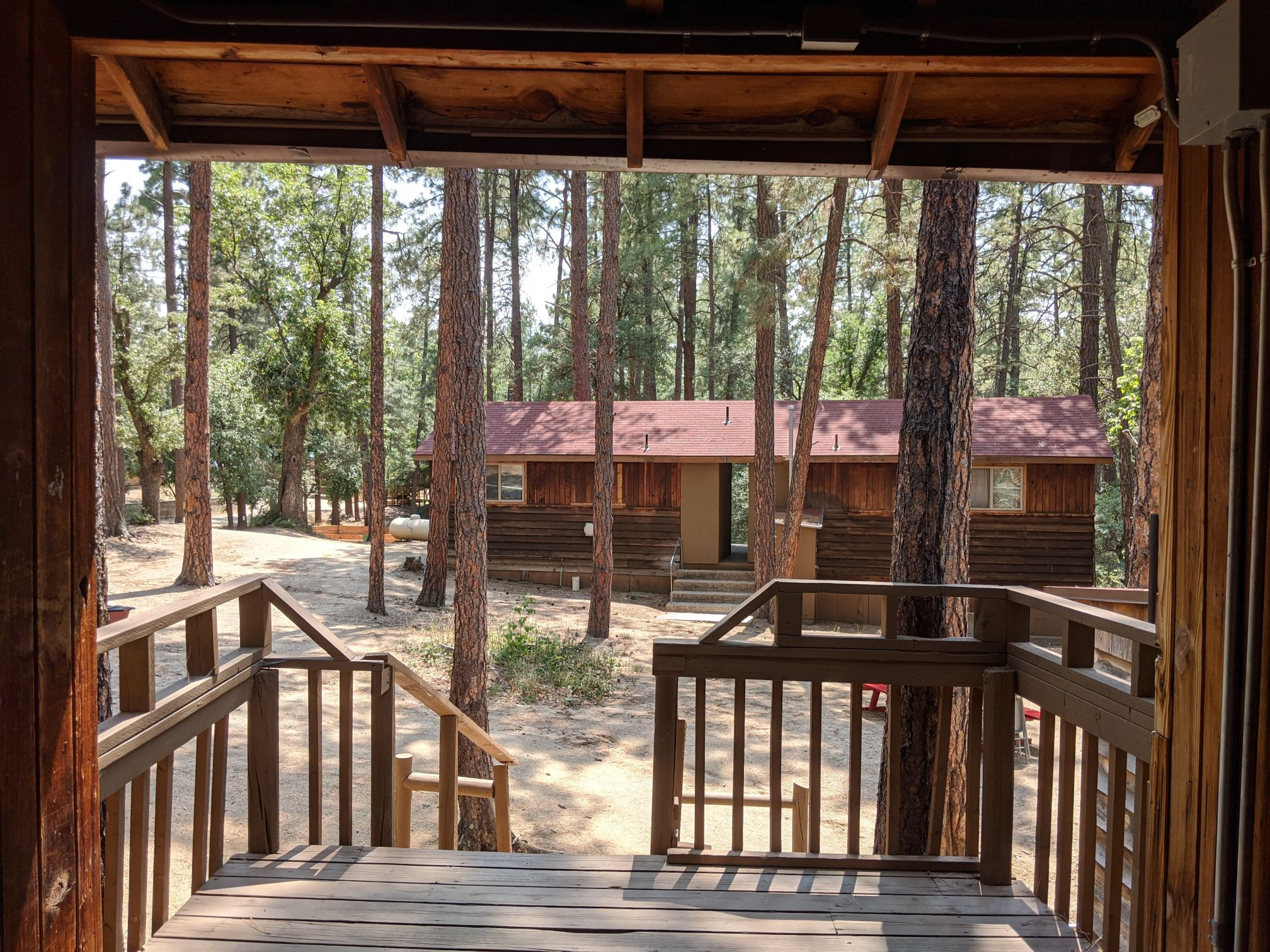 Outside image of Friendly Pines cabin