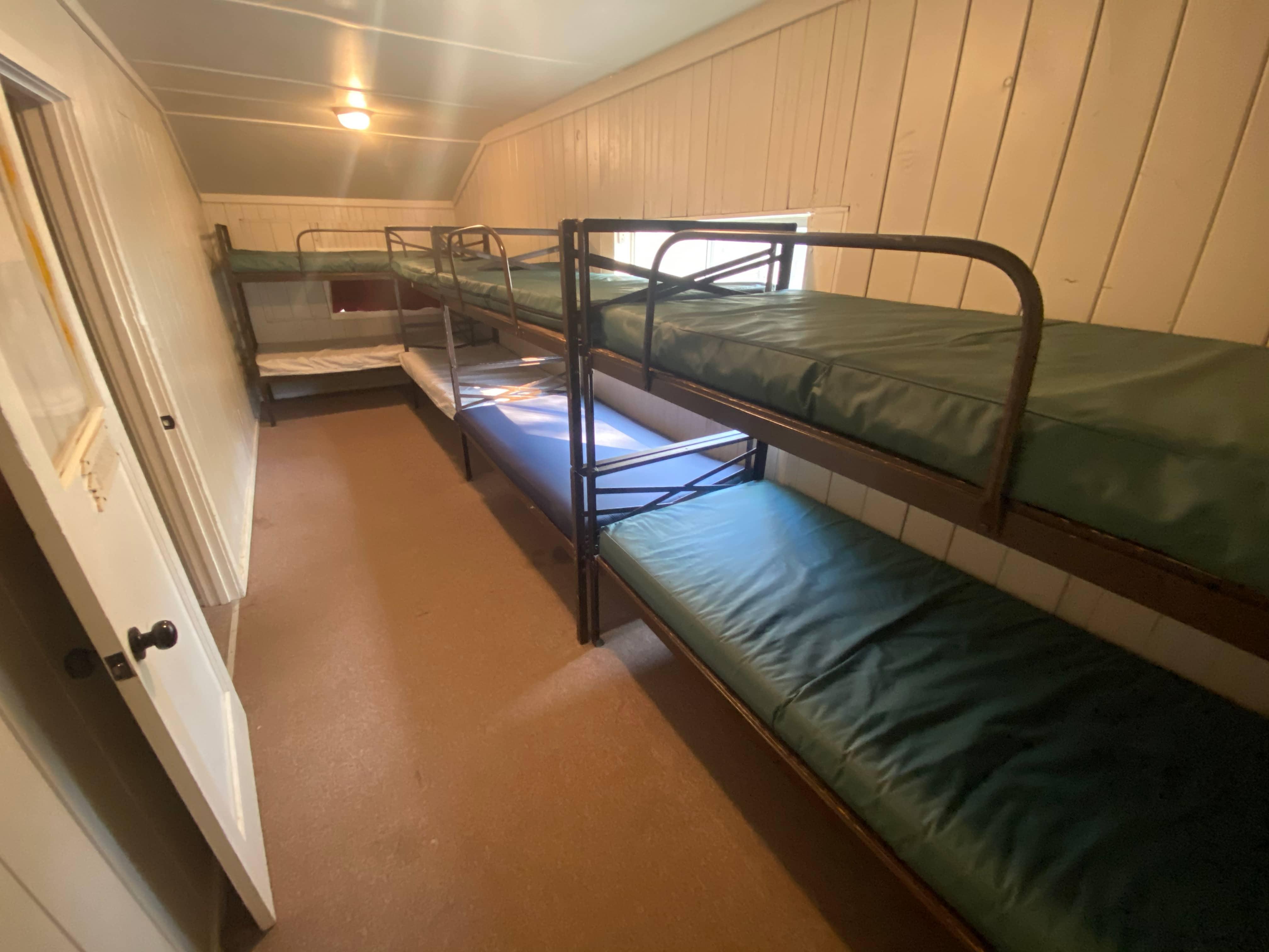 Log House Beds