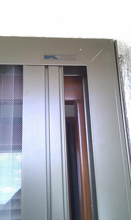 Plissovaná dveřní síť 11