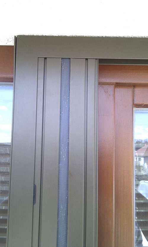 Plissovaná dveřní síť 12