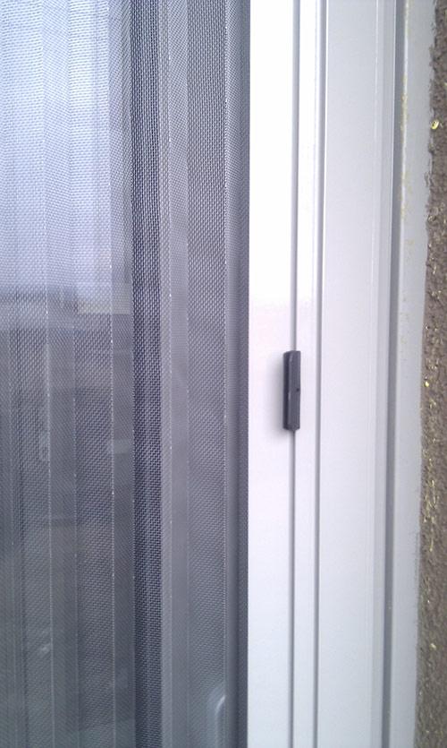 Plissovaná dveřní síť 18