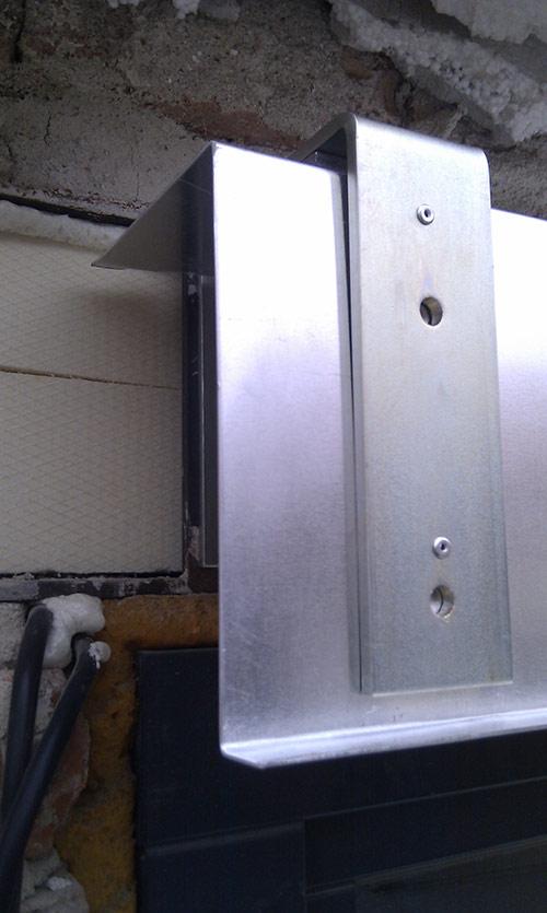 Fasádní schránka vankovní žaluzie 2