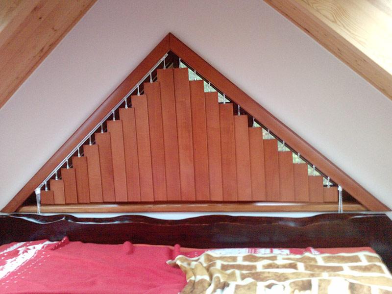 Vertikální šikmina - dřevo