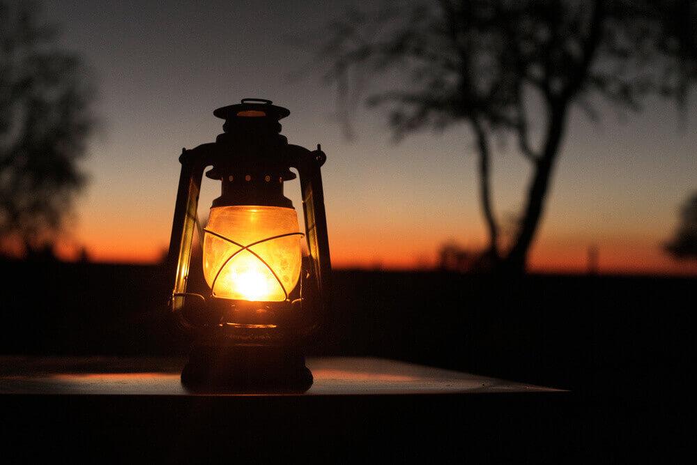 camping-lantern