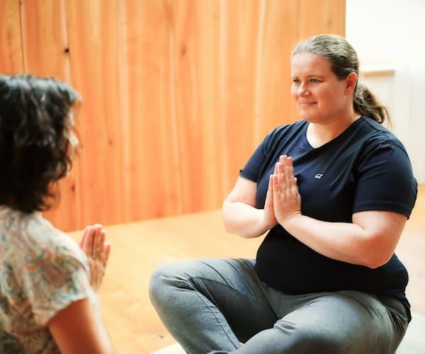 Übung bei Atemsitzung