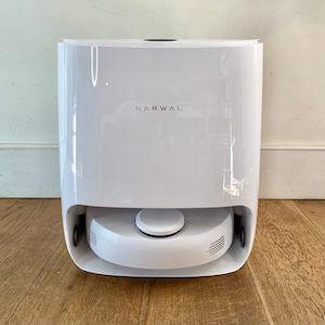 Narwal Vacuum Robot