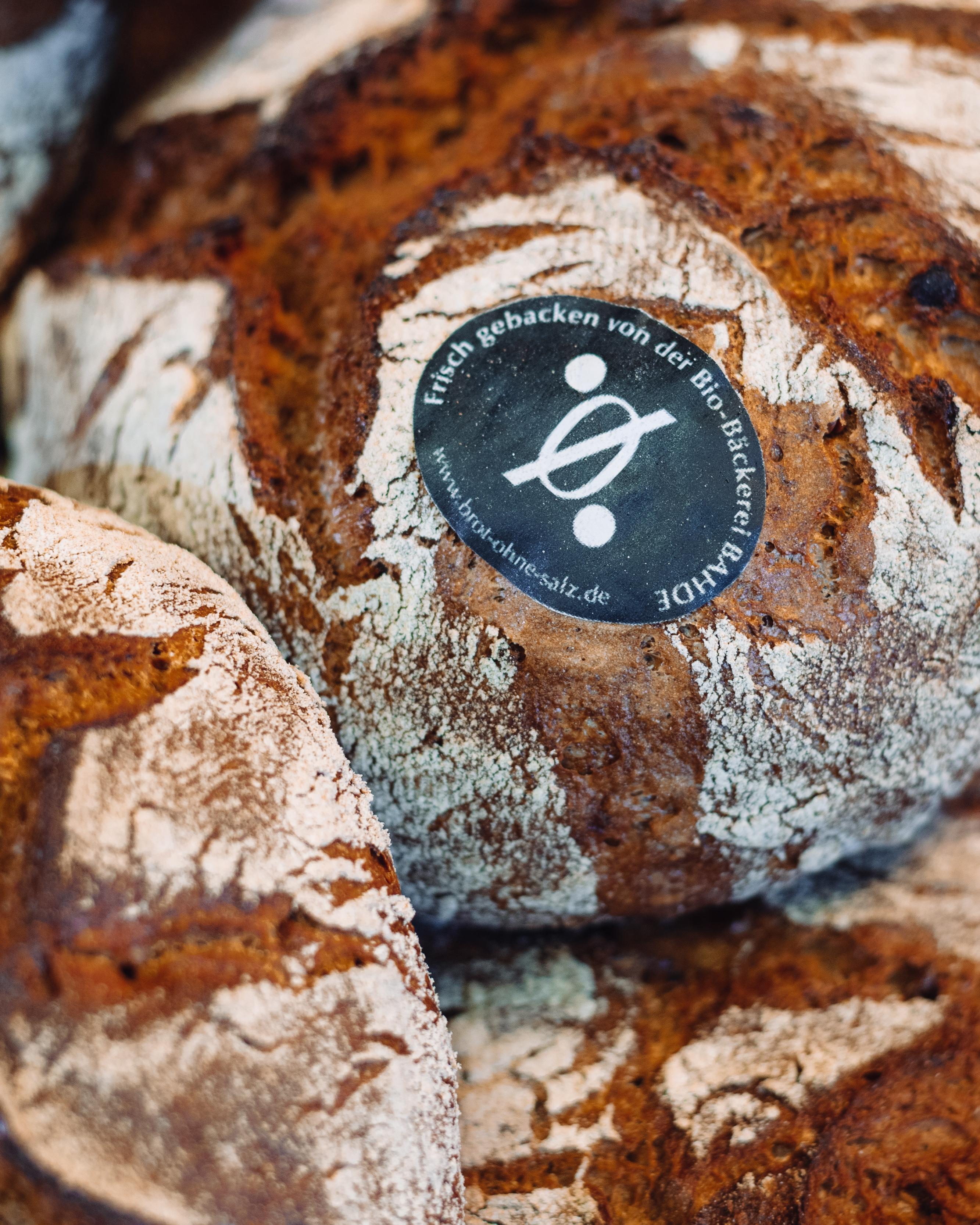 NullProzent-Kruste mit Brotmarke der Bio-Bäckerei Bahde.