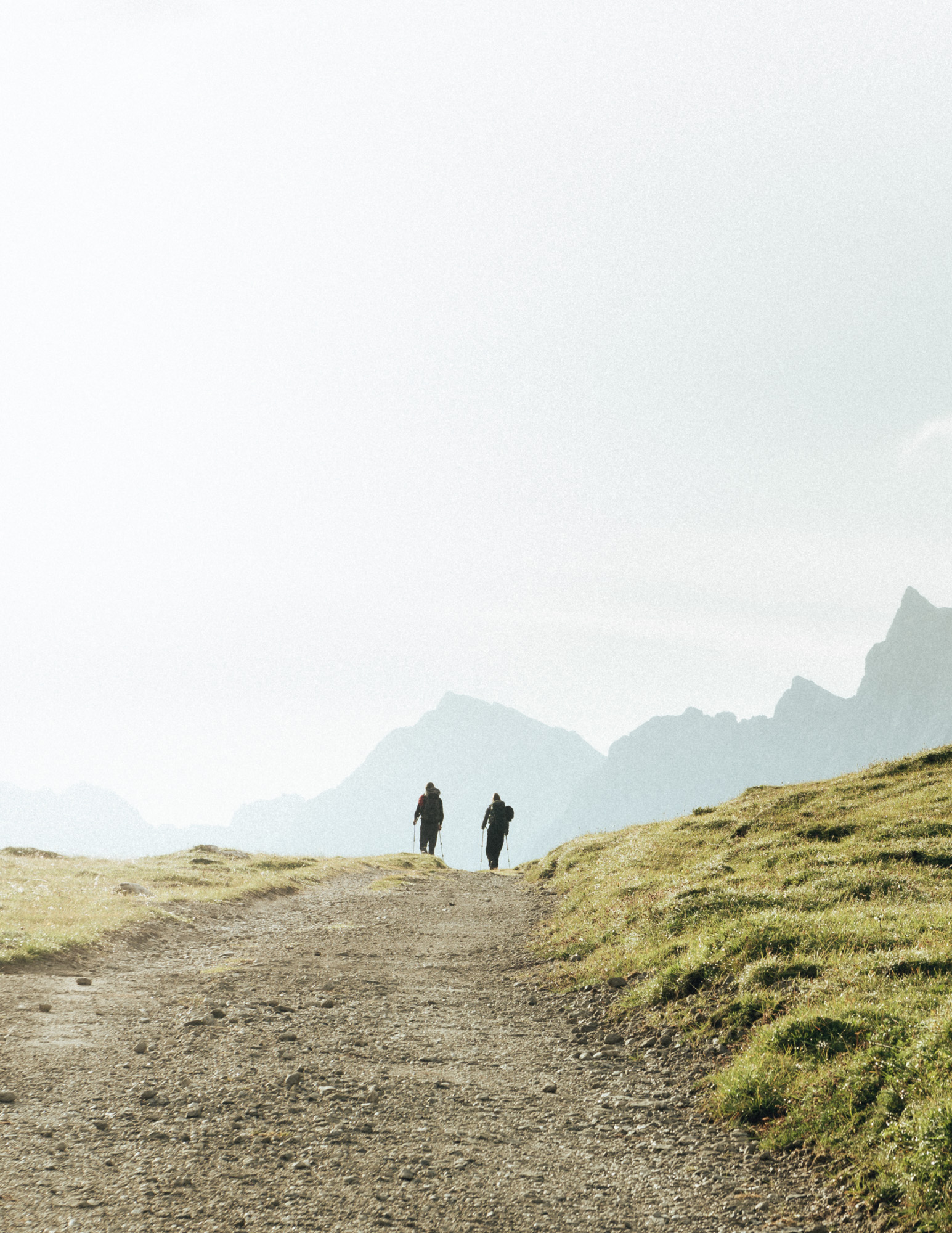 Wanderer im karwendelgebirge