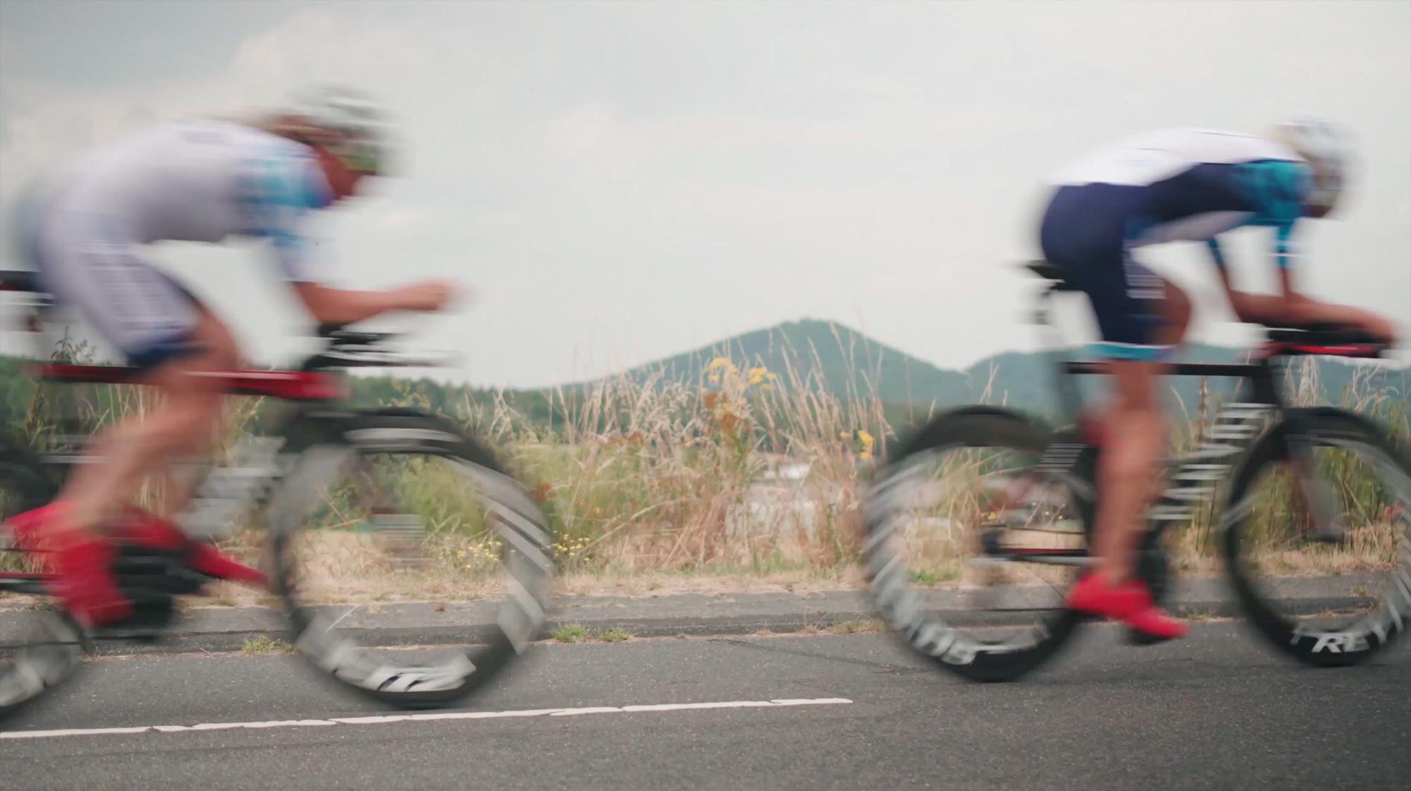 Rennradfahrer*innen im Siebengebirge