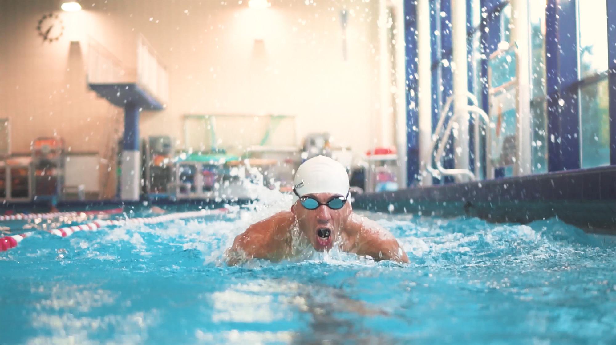 Profischwimmer beim Delfin-Stil