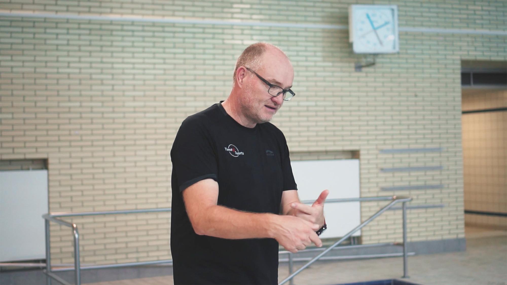 Peter Gnau beim Schwimmtraining Time4Sports