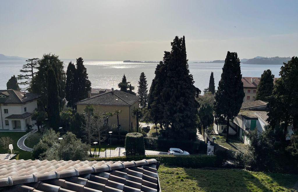 Green Villas Gardone Riviera Vista esterna lago