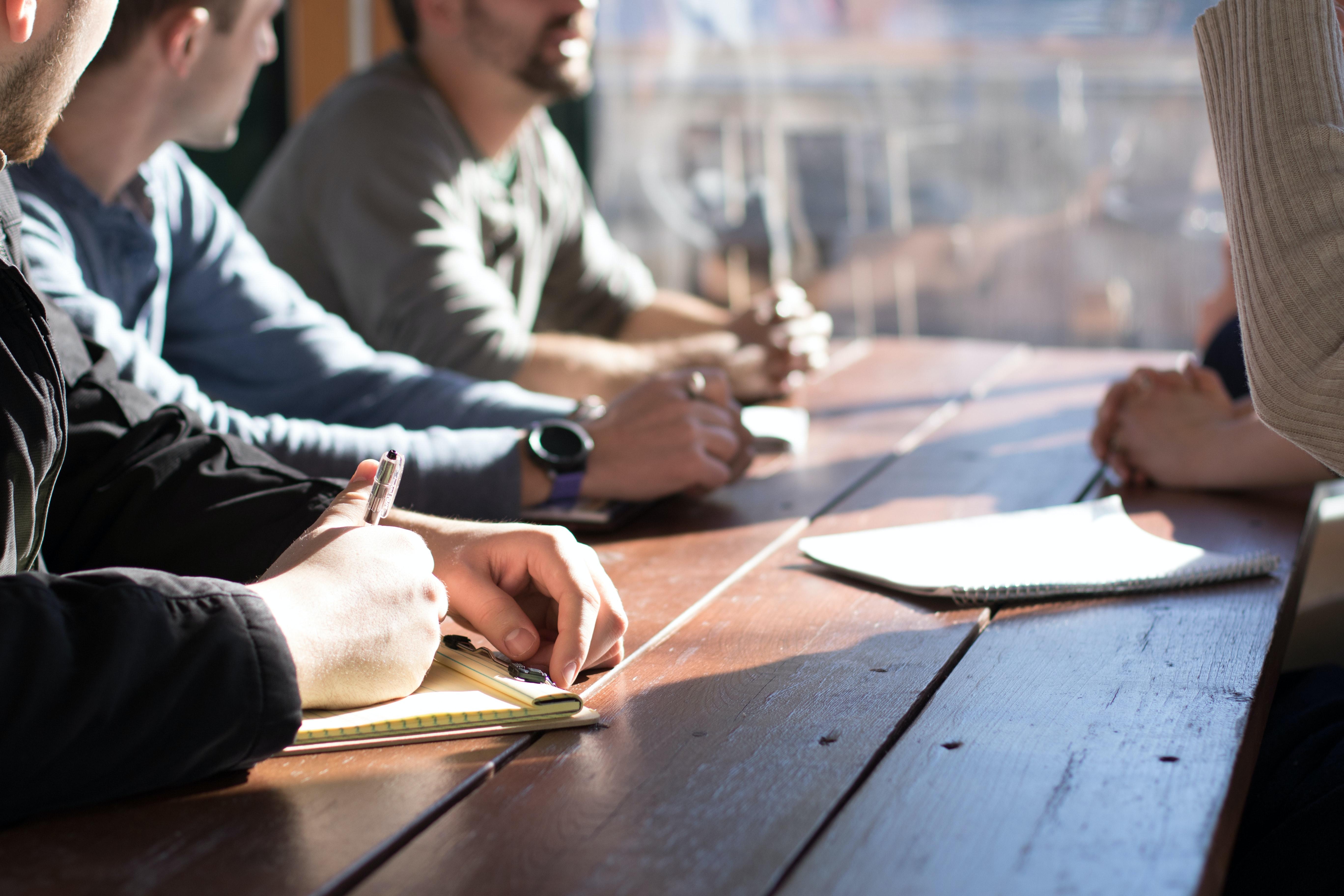 Comment se déroule une collaboration avec un freelance ?
