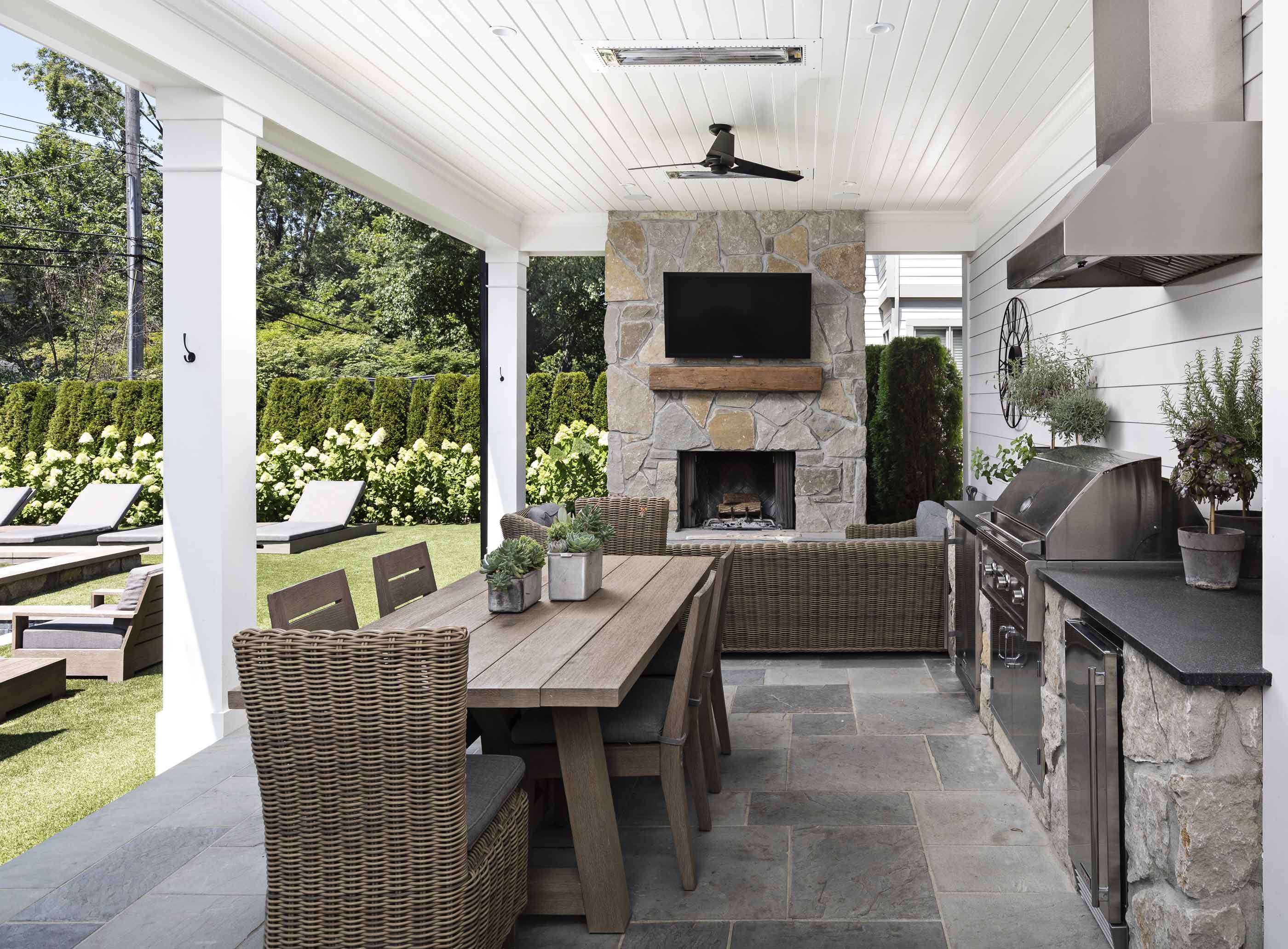 Larchlea outdoor patio and living space