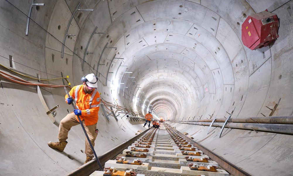 WATCH: First Track Laid on Perth's METRONET Forrestfield-Airport Link