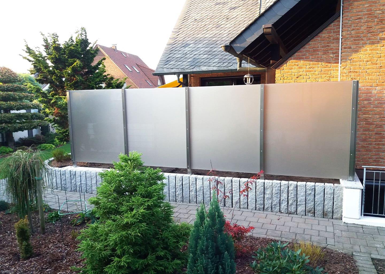 SYSTEM HERMETIC: Wind- und Sichtschutz mit Pfosten
