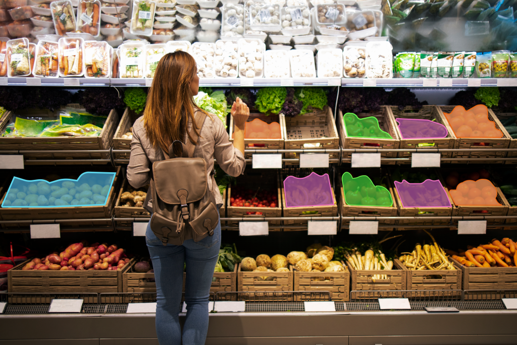 An example of a grocery store with annotated shelves