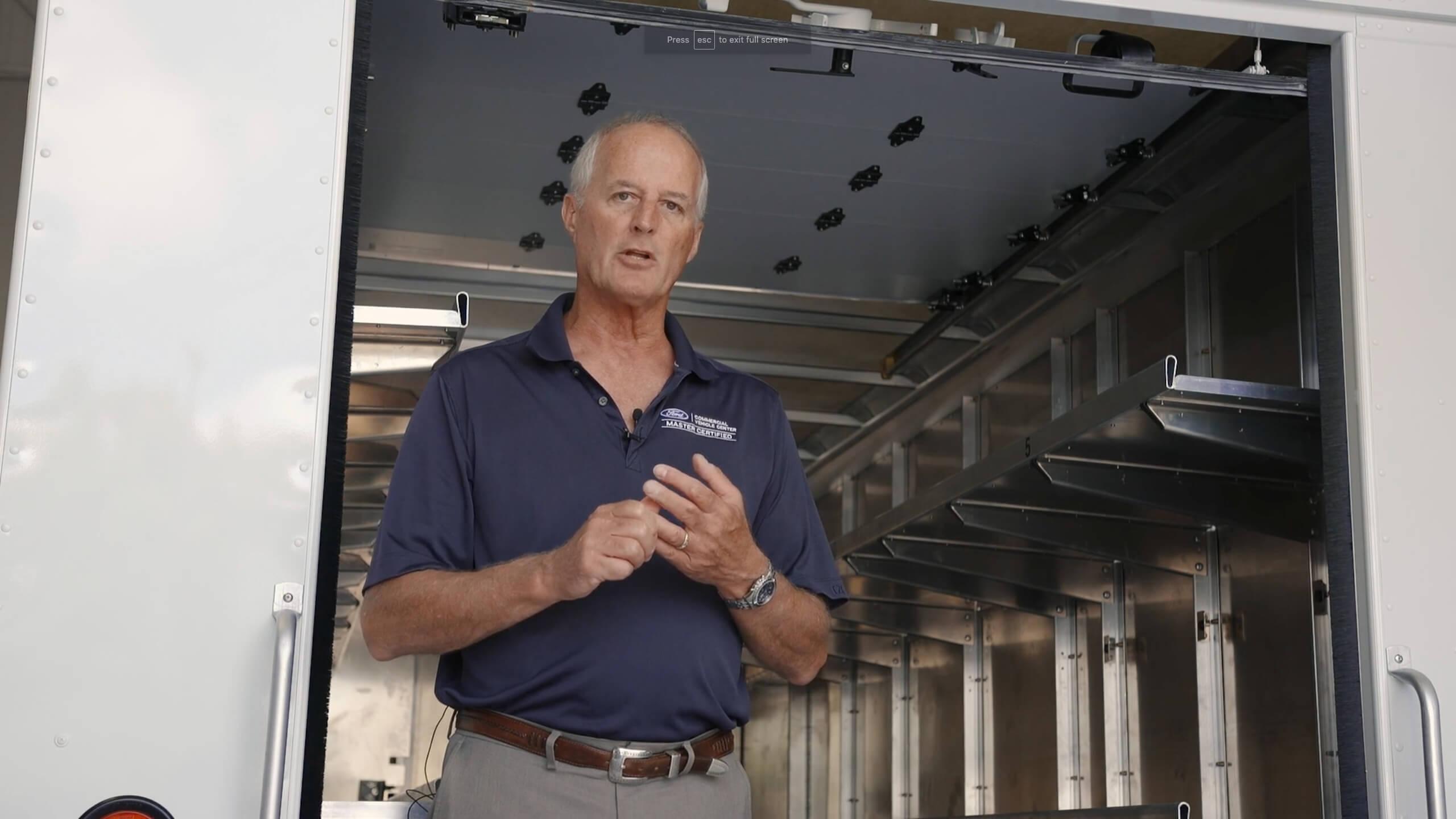 Sales Director Bob Battjes