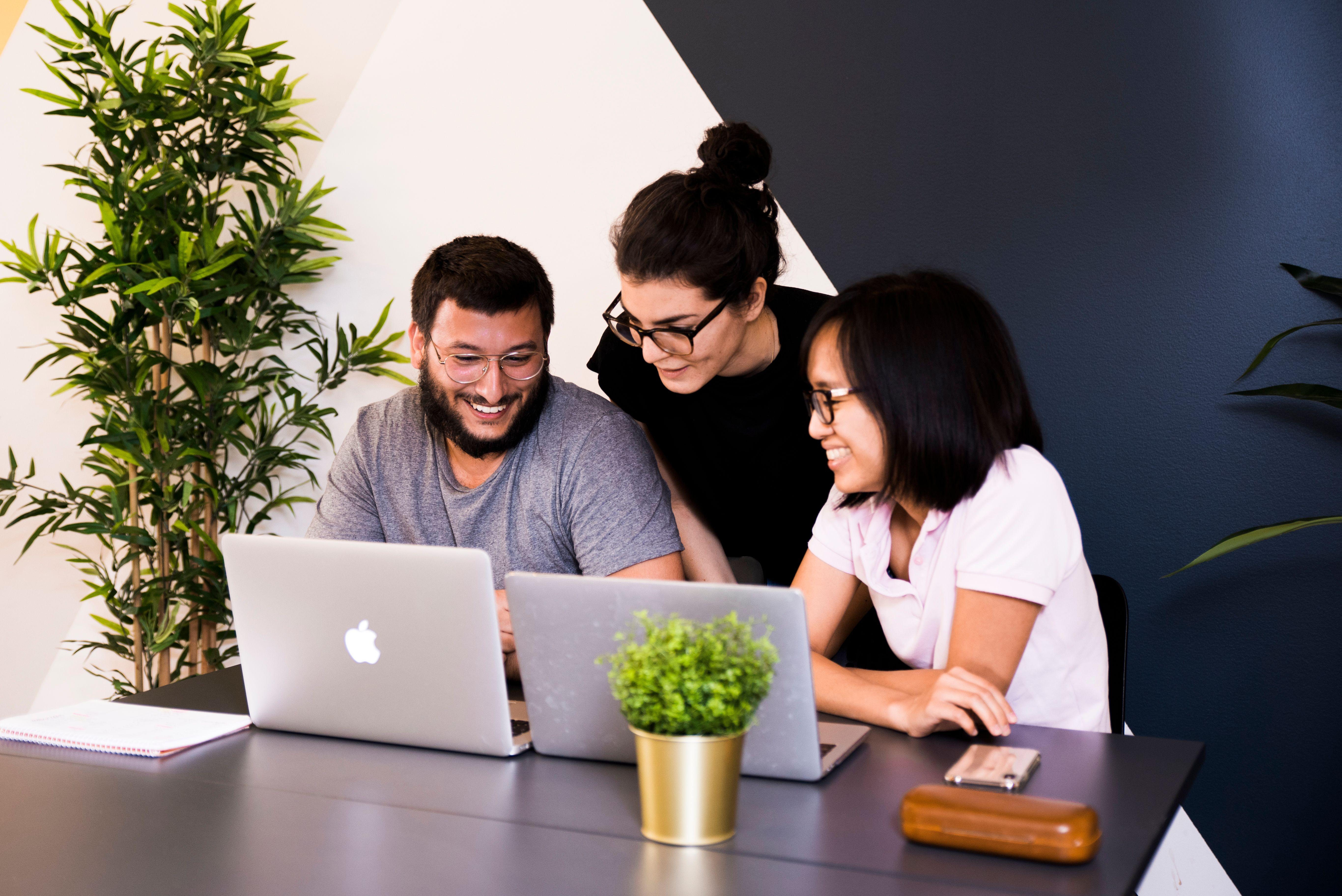 Suivre une formation développeur web cours du soir en parallèle de sa vie professionnelle