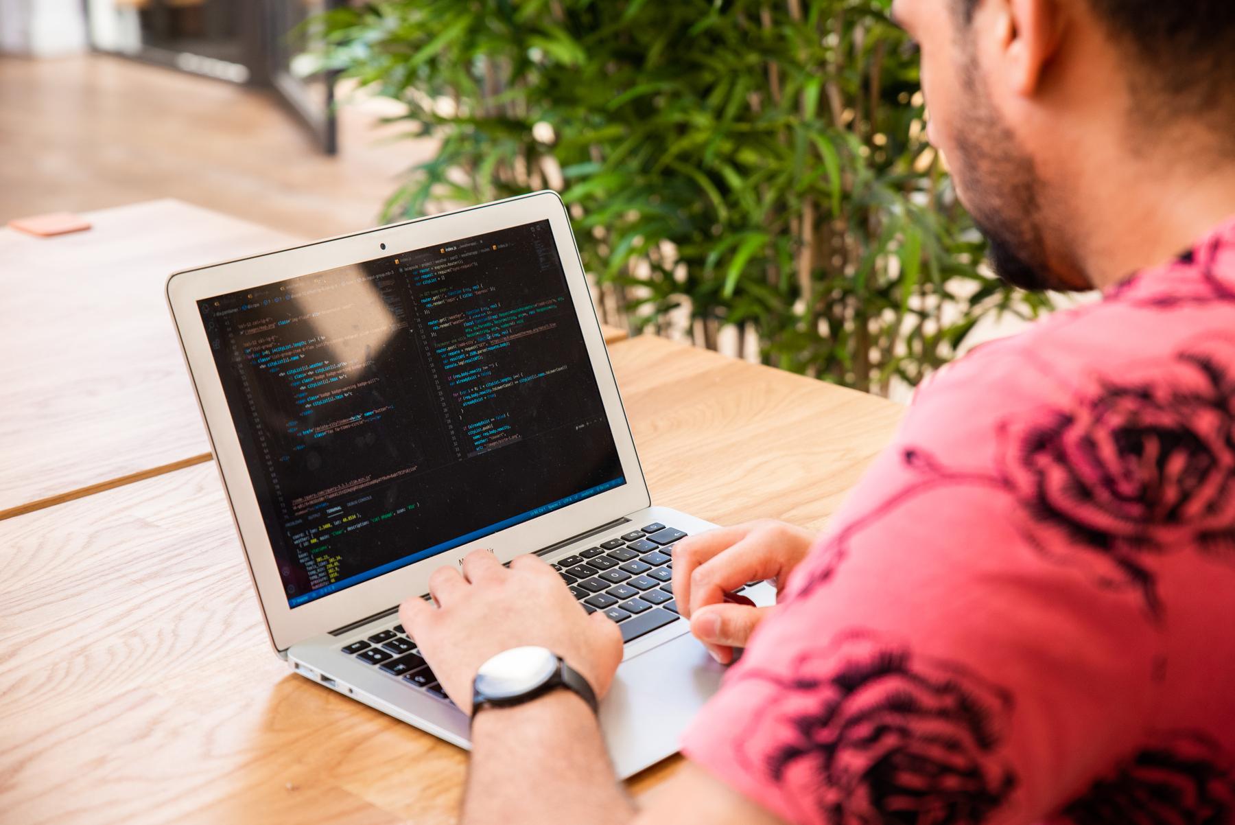 Apprendre Node.js et devenir un développeur polyvalent !