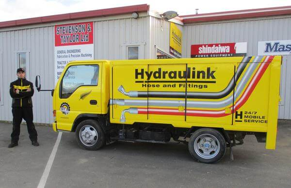 hydraulink truck