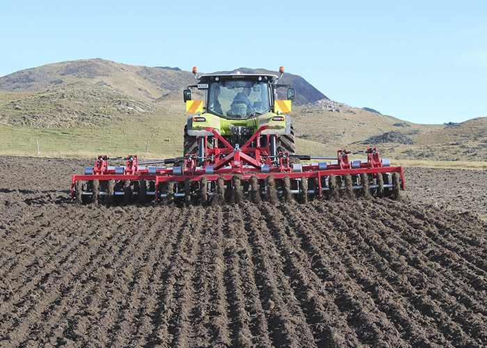 Rata cultivation and aeration equipment