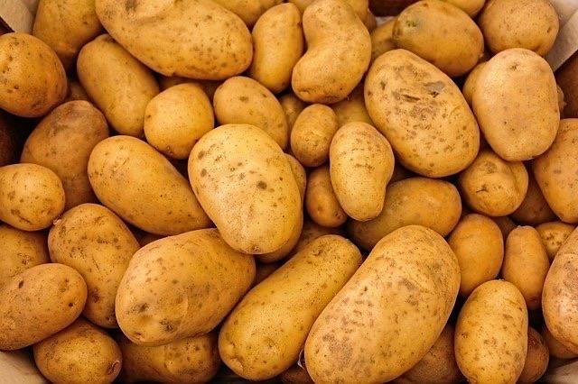 Agria Potatoes (1kg)