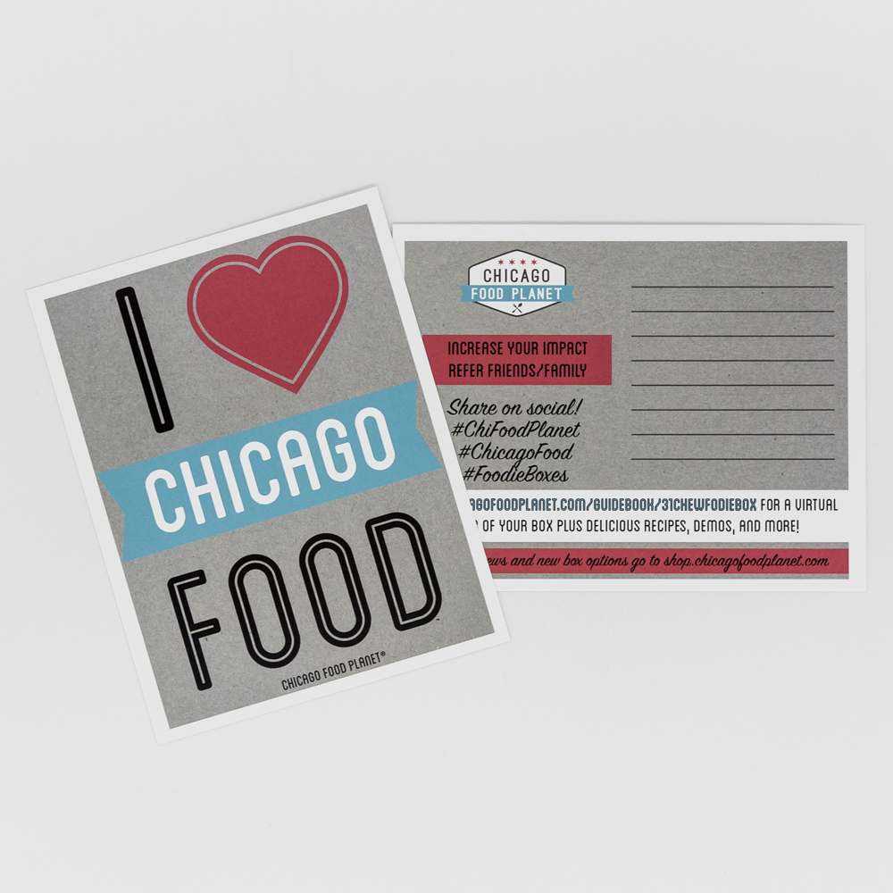 """Postcard displaying the test """"I love chicago food""""."""