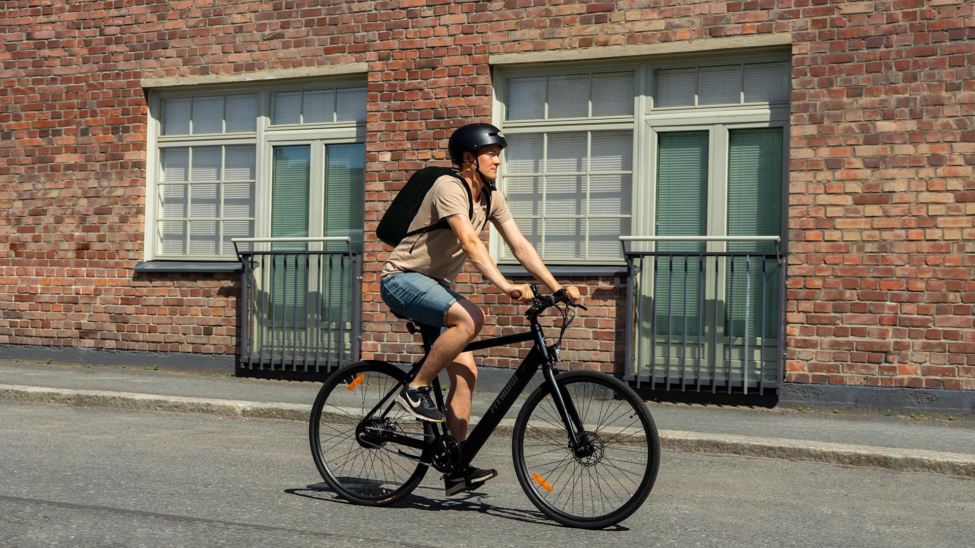 FitNord Agile+ pyöräilijä