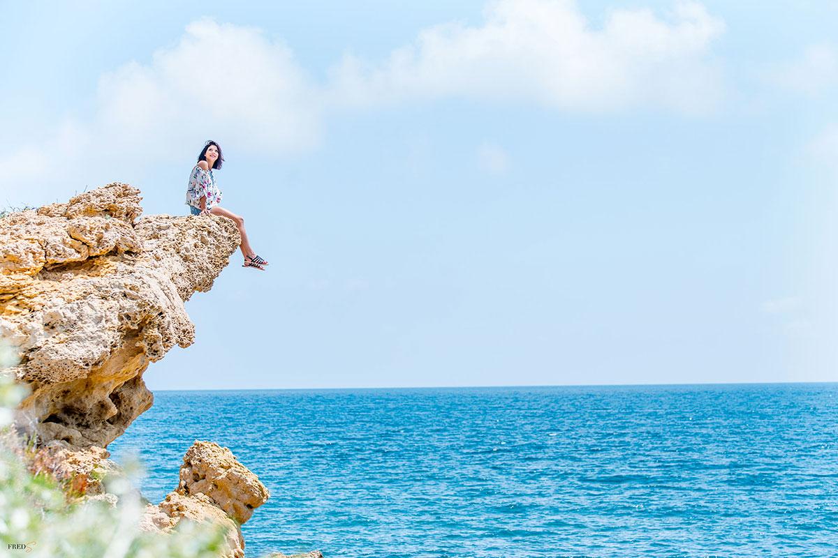 Jeune fille à la mer - Photographe Frédéric Sicard