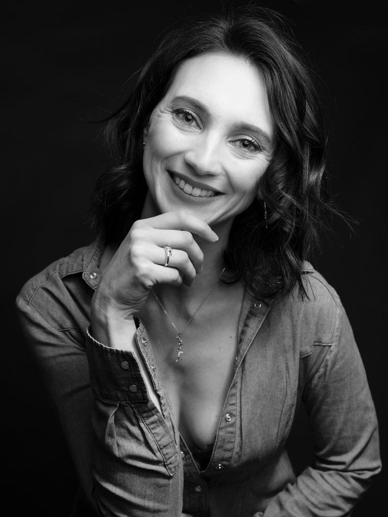 Portrait femme avec sourire Vaucluse Avignon