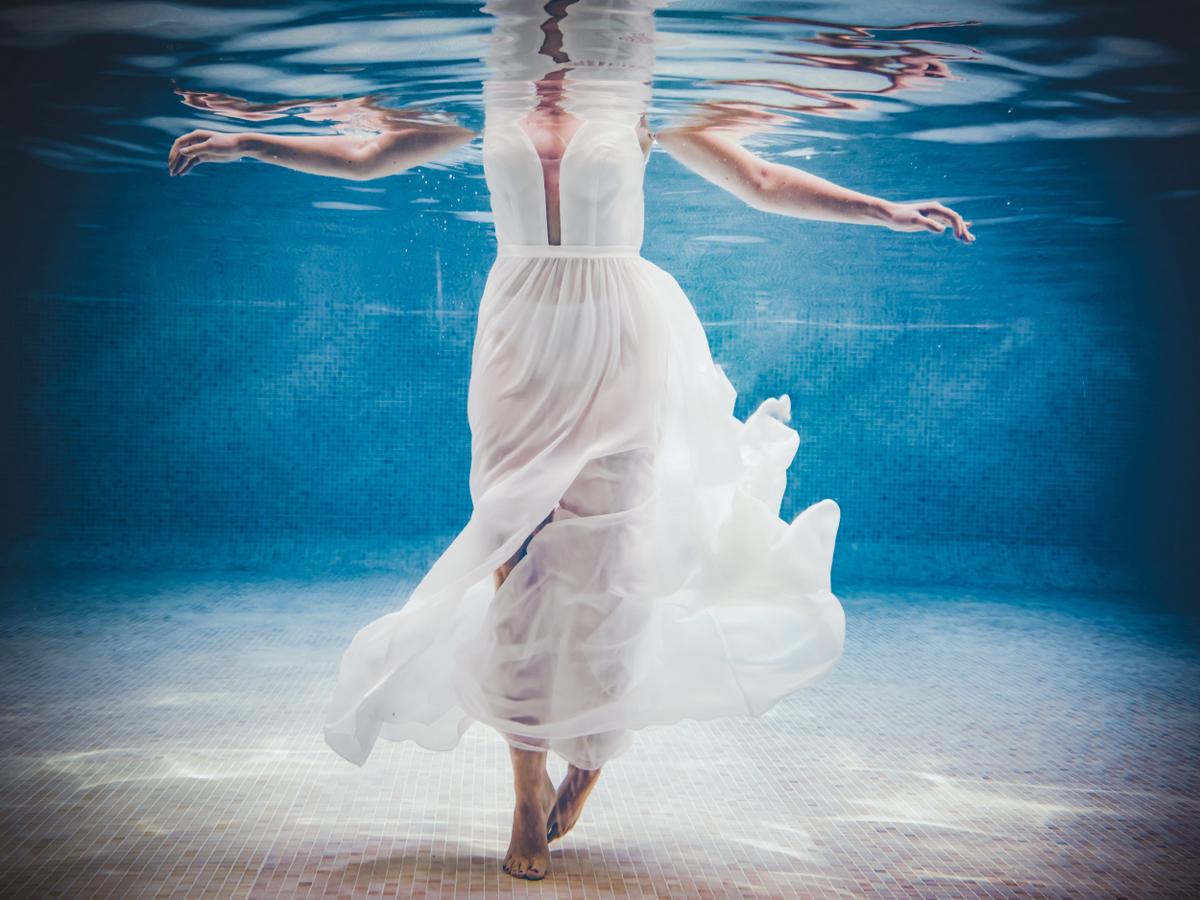 Photographe underwater avignon mariage
