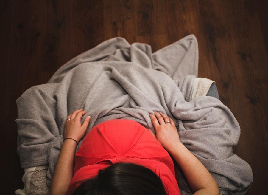femme-enceinte-signes-avant-coureurs-accouchement