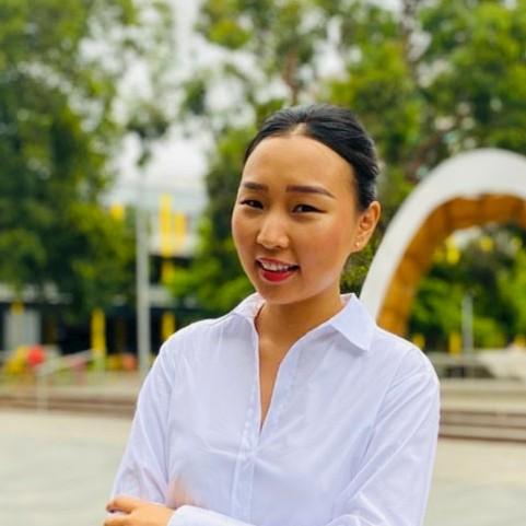 Donna Bat-Erdene