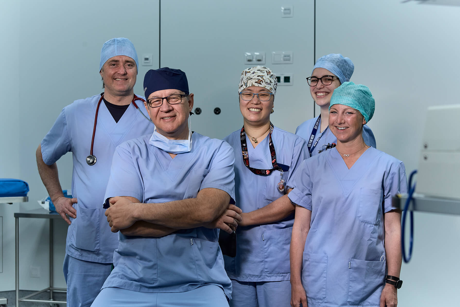 Portrait of Dr. Ioan Dunca with his Dr. Pau Anaesthetologist  and his team of doctors and nurses
