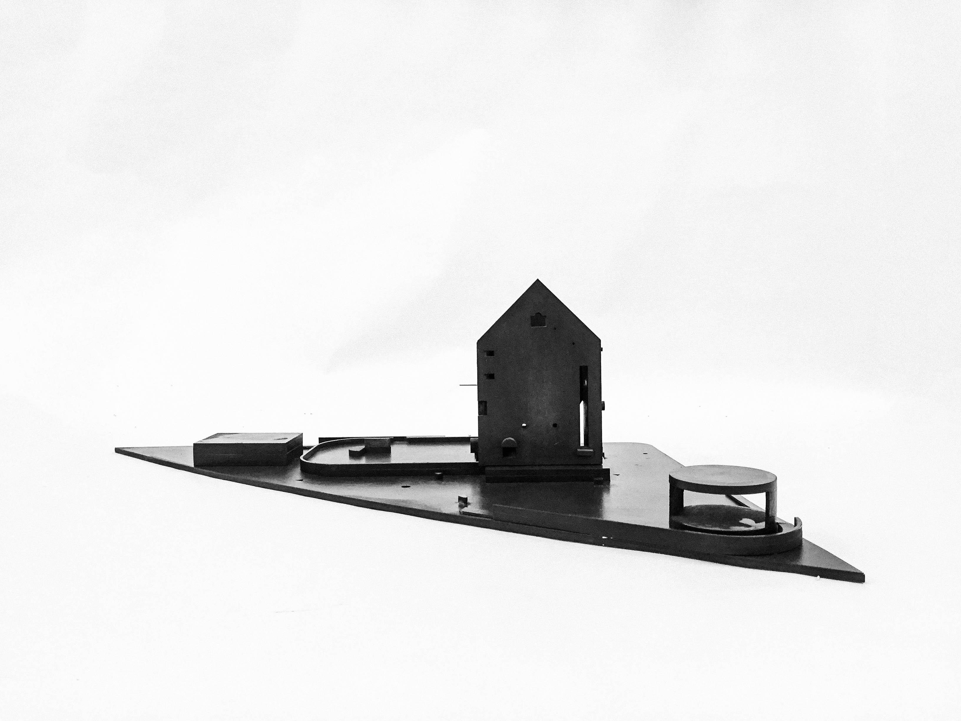 Billedet viser 'Villa Matrjosjka' i en kontekst model