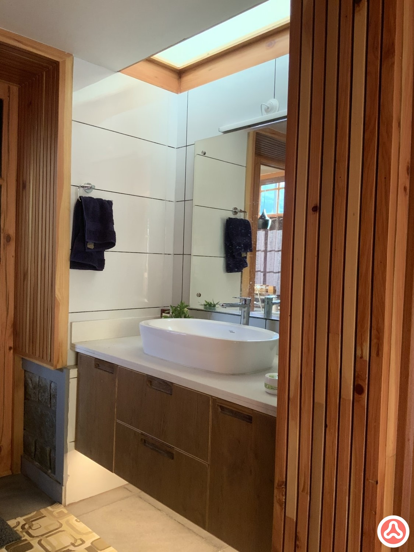 vanity mirror with sink