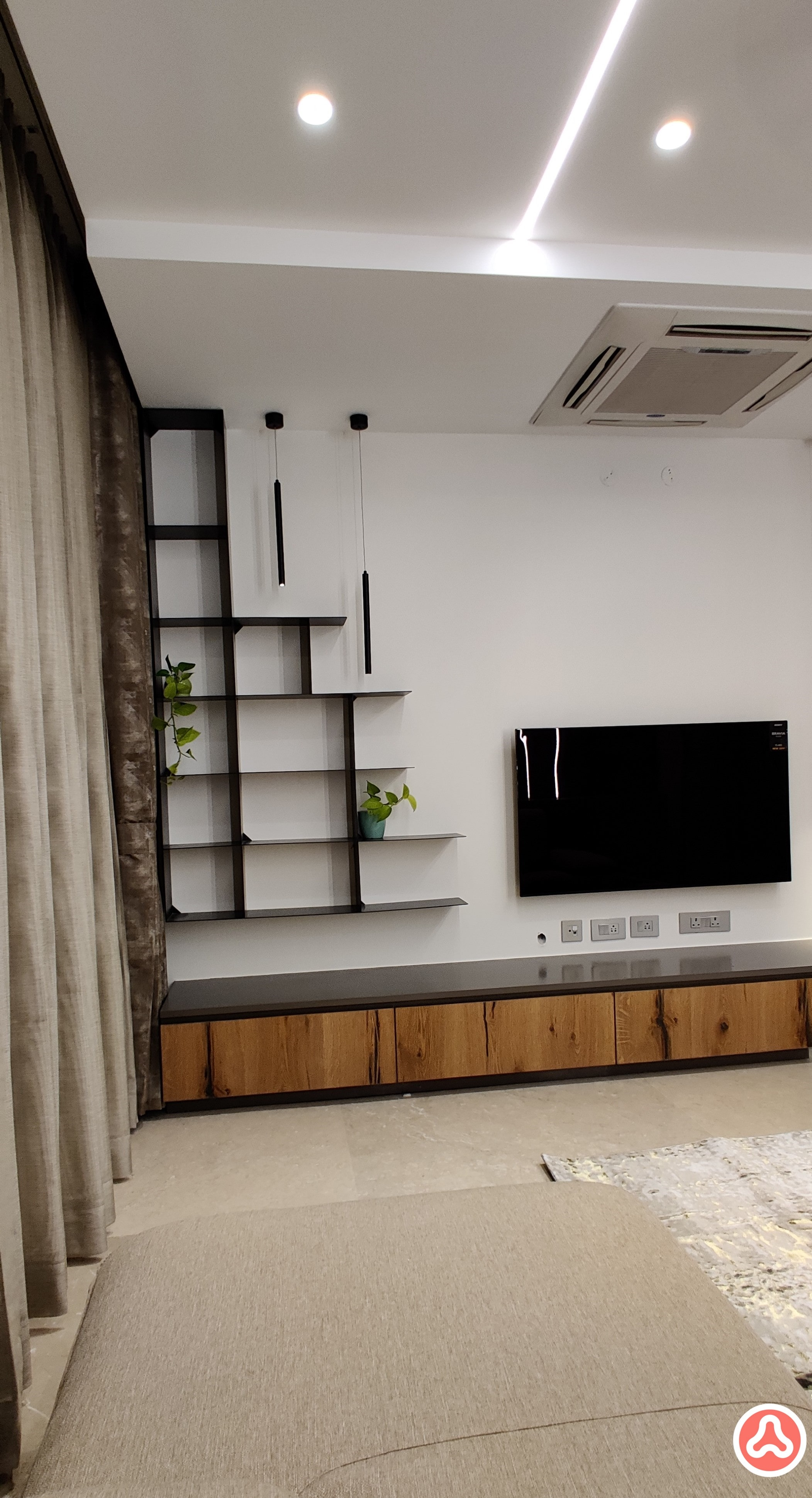family room with a tv unit