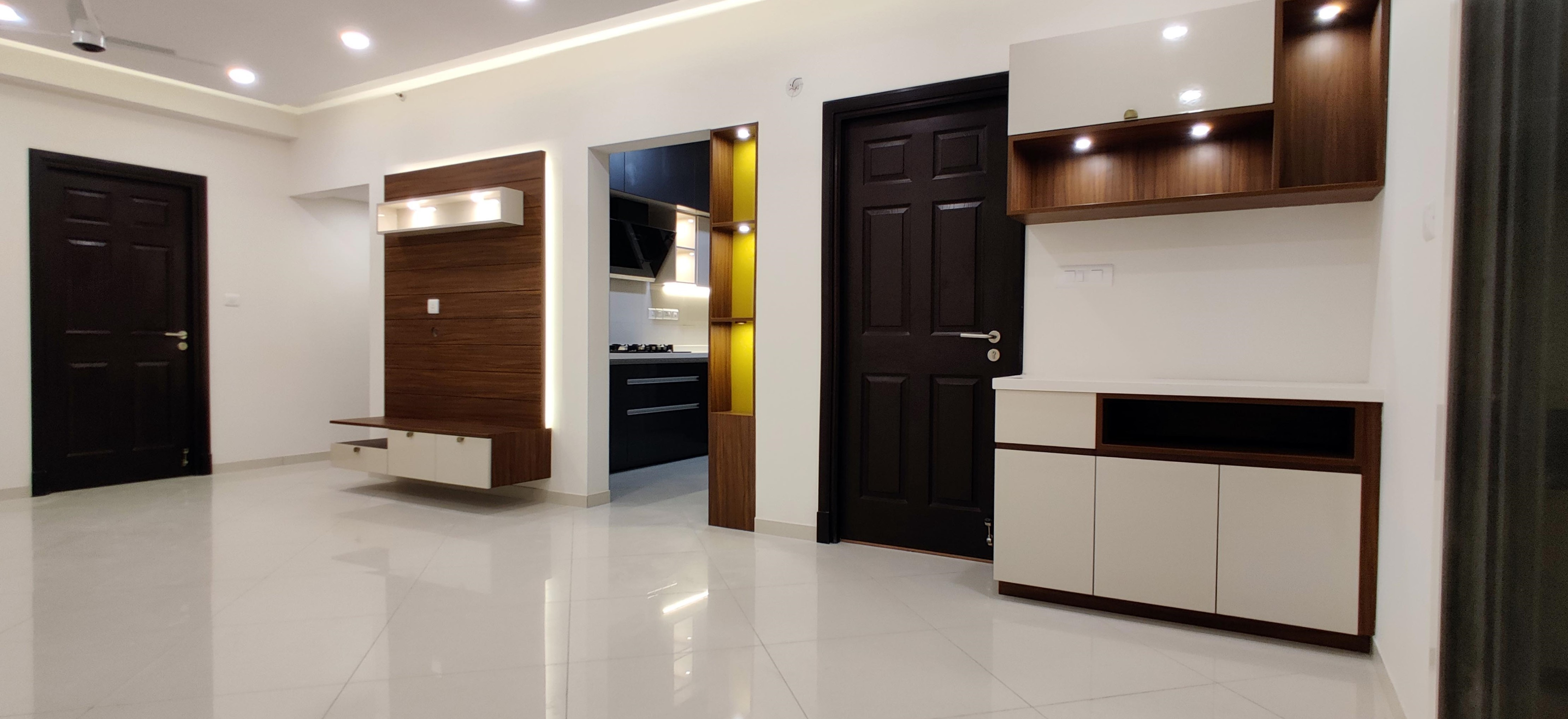 Crockery unit in white in living room, in solid wood and laminate
