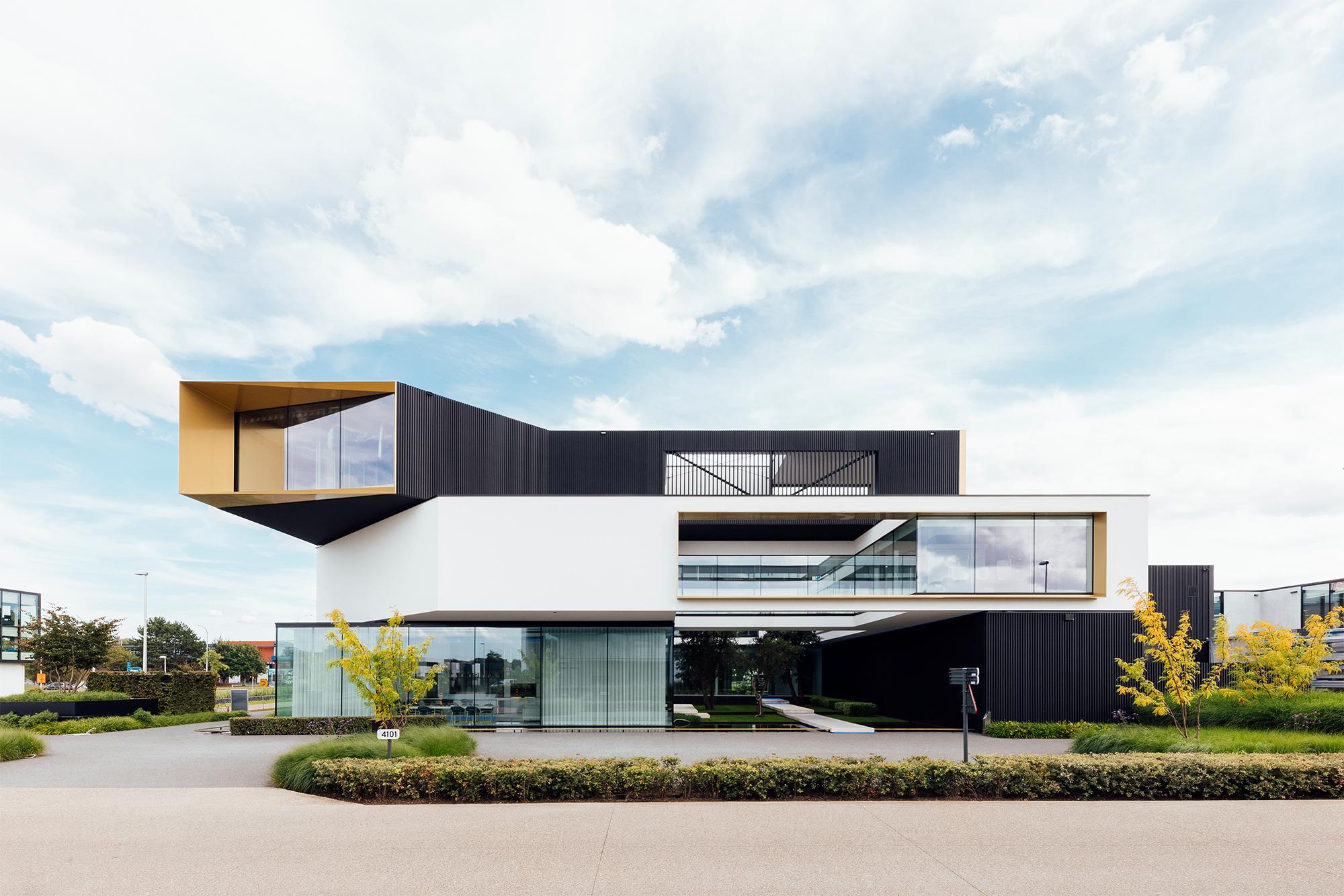 Schoeffaerts door Komplex Architecten
