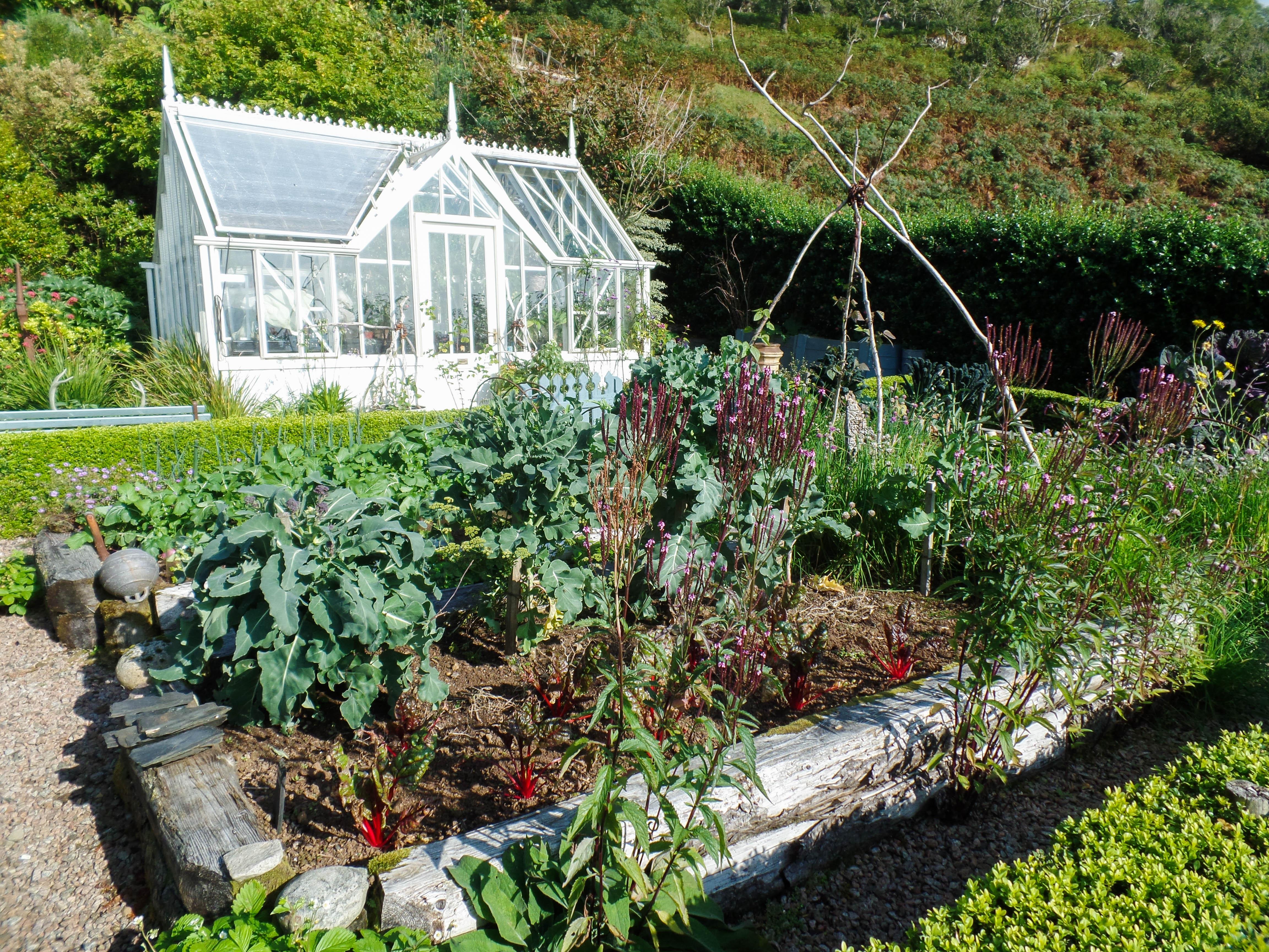 Lip Na Cloiche Gardens on the Isle of Mull