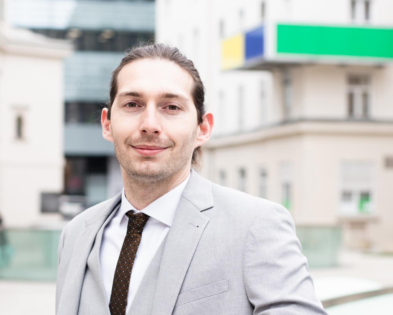 Luka Floigl | Business Development for Deep-Tech und Life Science Start-ups | Bernd Kopper Gründer*inneninfo