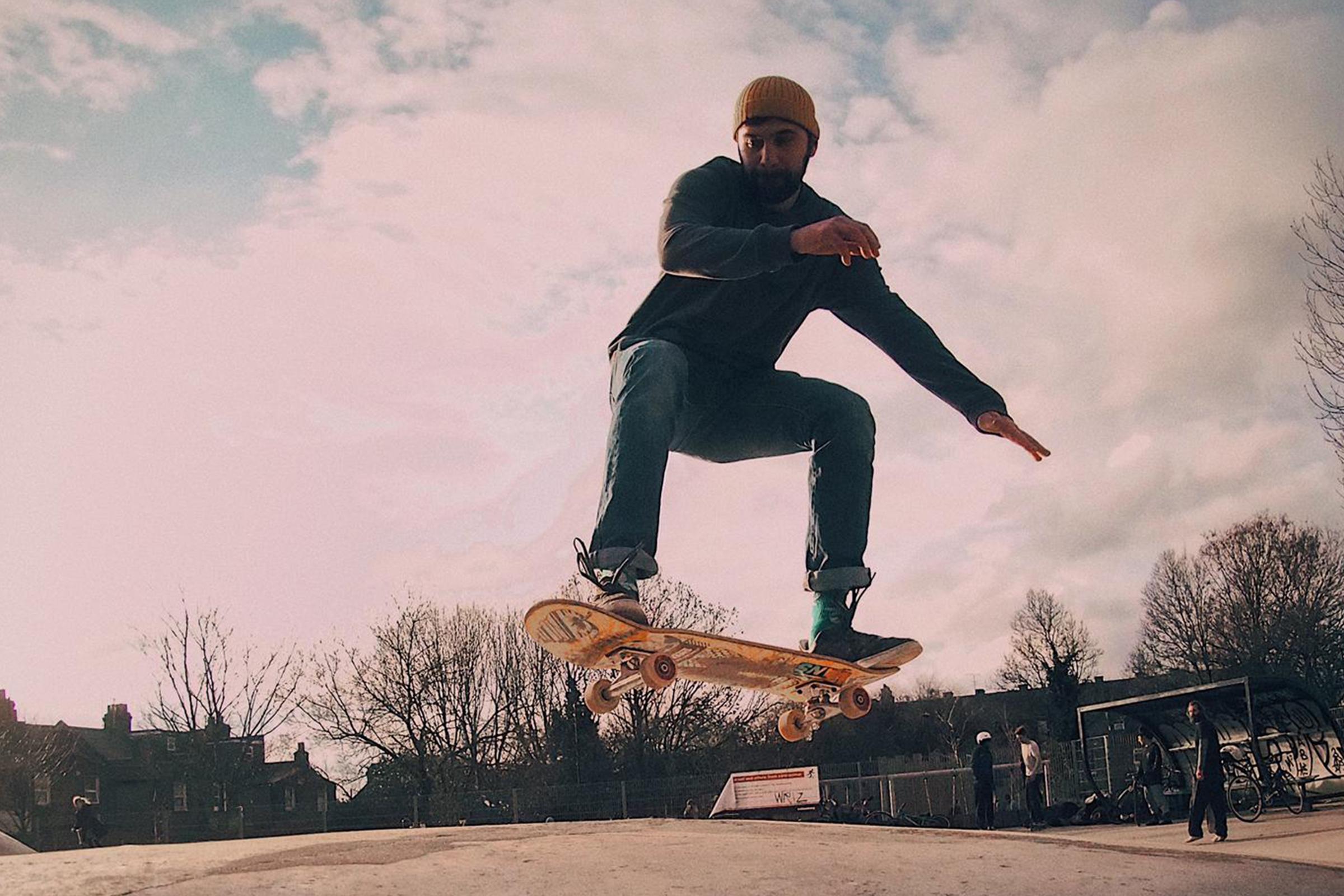 Skateboard Leon Nikoo